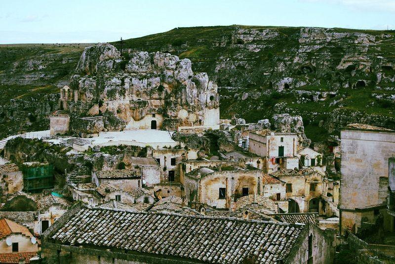 Sassi di Matera, quando o homem vivia em cavernas na Itália
