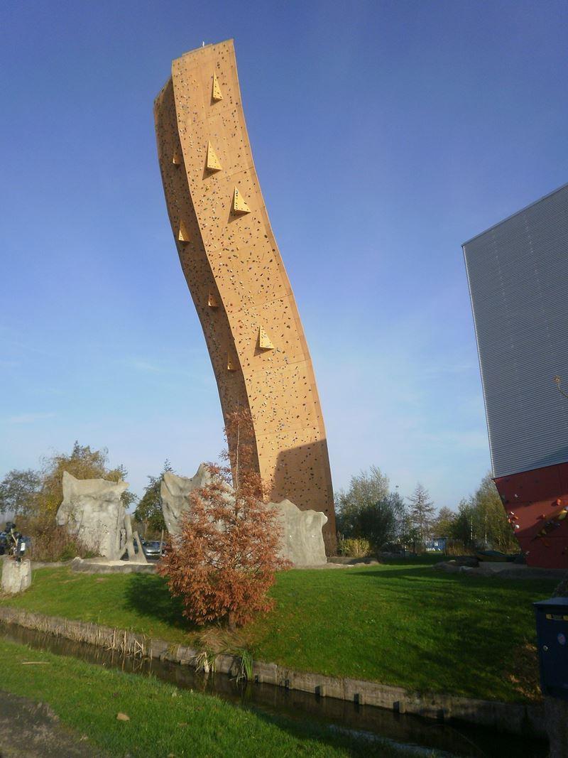 Excalibur, o radical paredão de escaladas
